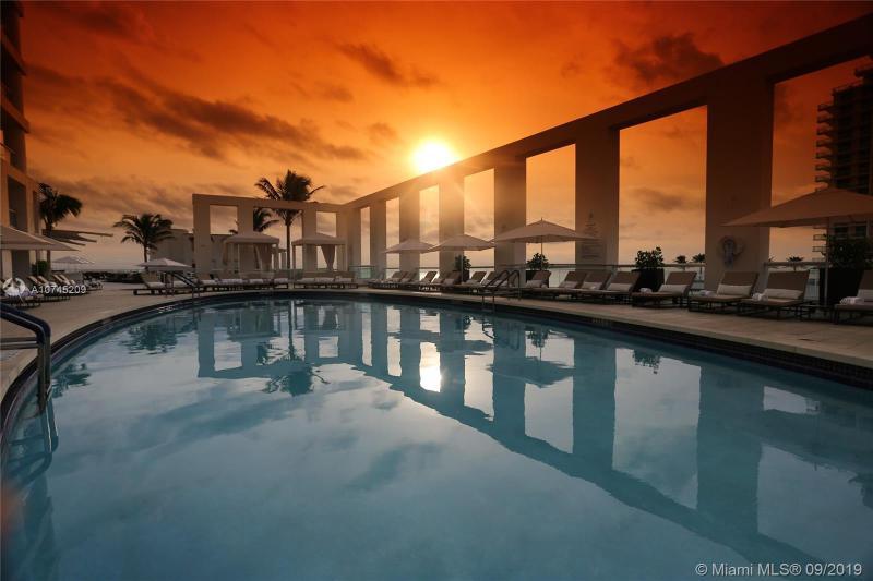 551 N Fort Lauderdale Beach Blvd R2214, Fort Lauderdale, FL, 33304
