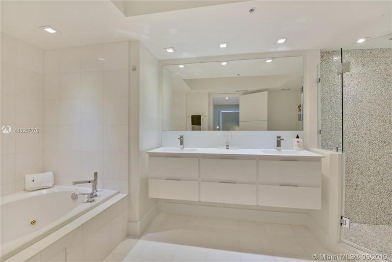 For Sale at  6301   Collins Ave #2702 Miami Beach  FL 33141 - La Gorce Palace - 2 bedroom 2 bath A10257076_11