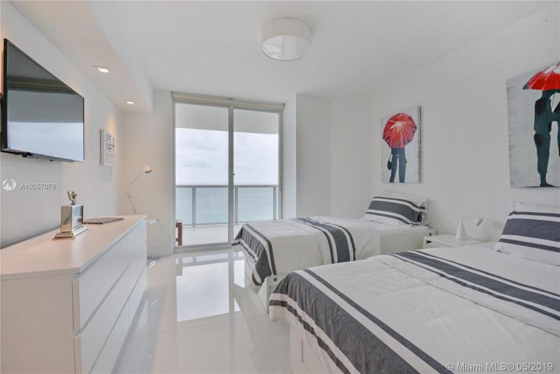 For Sale at  6301   Collins Ave #2702 Miami Beach  FL 33141 - La Gorce Palace - 2 bedroom 2 bath A10257076_12