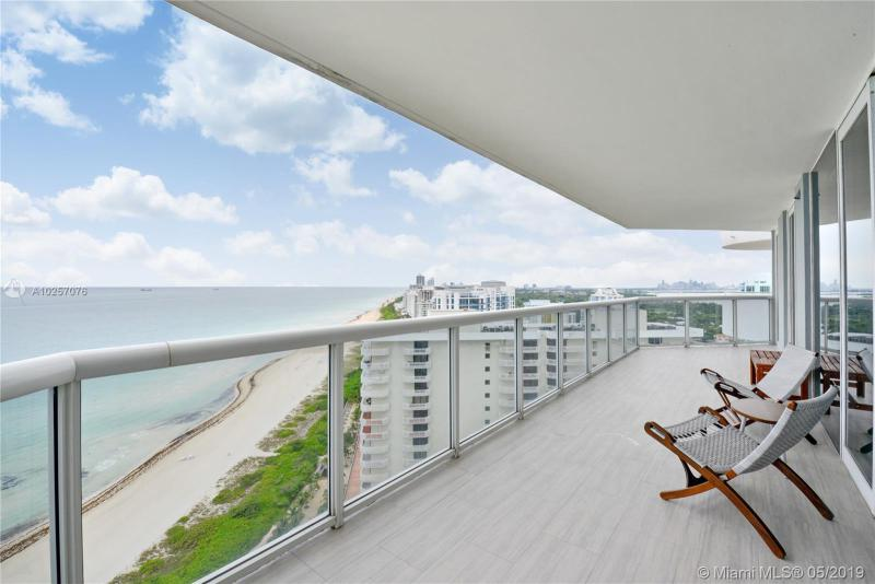 For Sale at  6301   Collins Ave #2702 Miami Beach  FL 33141 - La Gorce Palace - 2 bedroom 2 bath A10257076_15