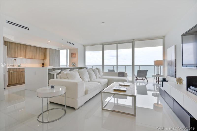 For Sale at  6301   Collins Ave #2702 Miami Beach  FL 33141 - La Gorce Palace - 2 bedroom 2 bath A10257076_2