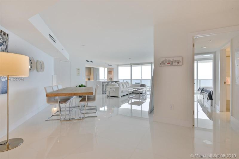 For Sale at  6301   Collins Ave #2702 Miami Beach  FL 33141 - La Gorce Palace - 2 bedroom 2 bath A10257076_4