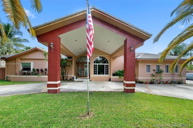 11175 SW 108th Ct,  Miami, FL