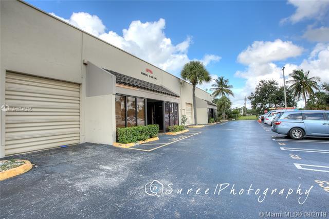 6175 NW 167th St G34, Hialeah, FL, 33015