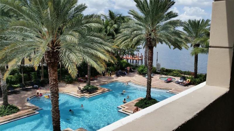 17145 N Bay Rd  Unit 4104, Sunny Isles Beach, FL 33160-3452