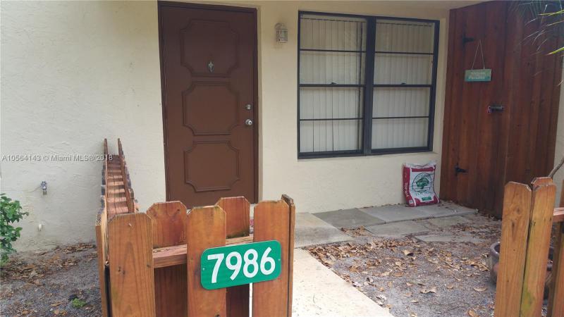 8034 SE Villa Circle  Unit 2712, Hobe Sound, FL 33455-