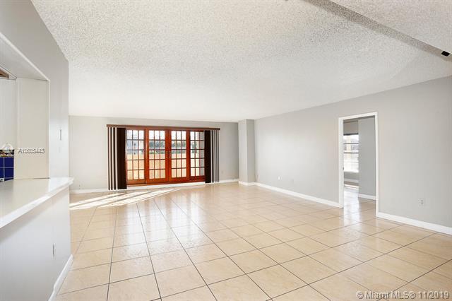 110 Salamanca Ave PH, Coral Gables, FL, 33134