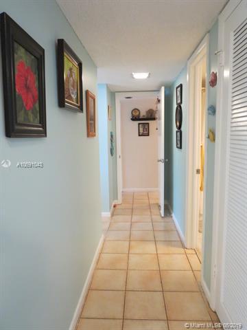 2324 S Cypress Bend Dr 413, Pompano Beach, FL, 33069