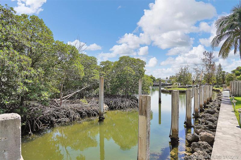 200 Atlantic Isle, Sunny Isles Beach, FL, 33160