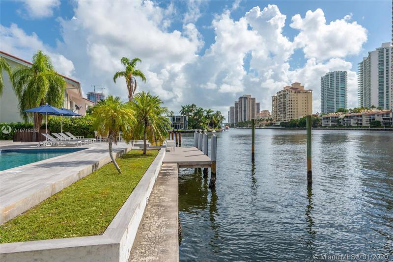 369 Centre Is, Golden Beach, FL, 33160