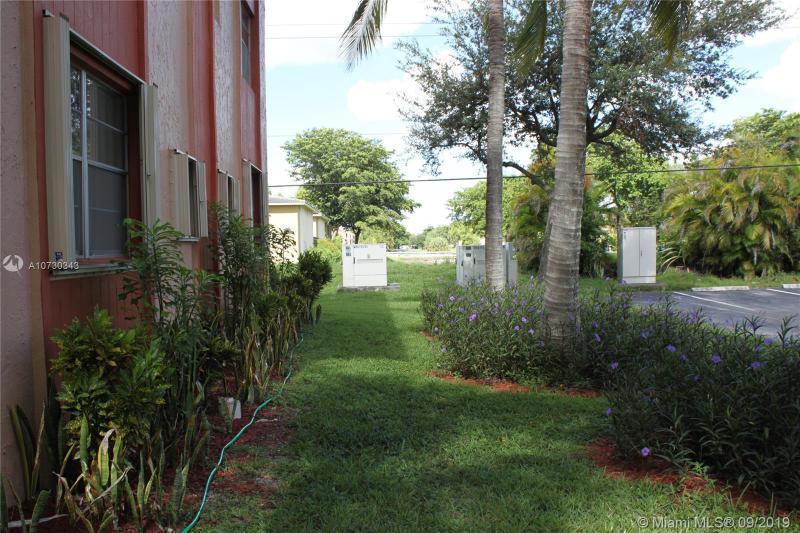 3090 Holiday Springs boulevard 112, Margate, FL, 33063