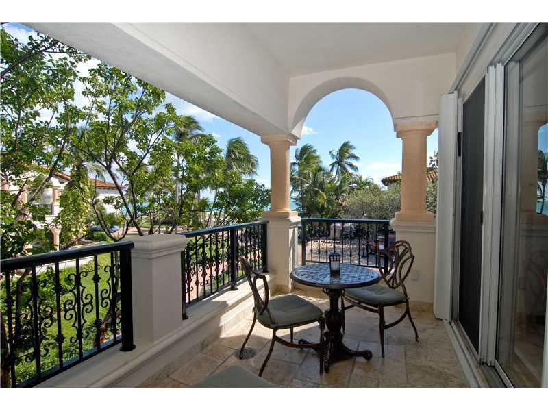 For Sale at  15521   Fisher Island Dr #15521 Fisher Island  FL 33109 - Seaside Villas - 1 bedroom 1 bath A2006043_5