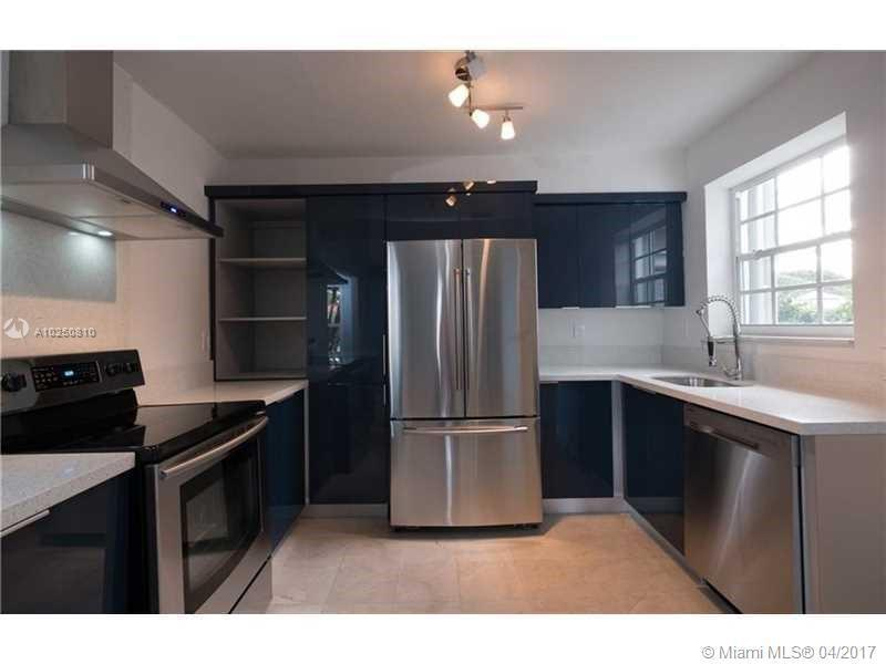 For Sale at  118 NW 103Rd St Miami Shores  FL 33150 - Gold Crest A Sub - 3 bedroom 2 bath A10250810_11