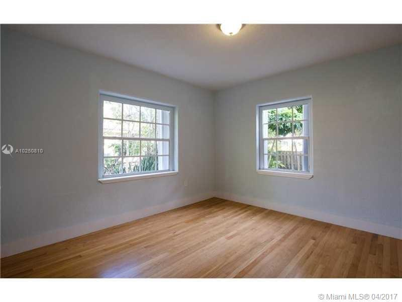 For Sale at  118 NW 103Rd St Miami Shores  FL 33150 - Gold Crest A Sub - 3 bedroom 2 bath A10250810_13