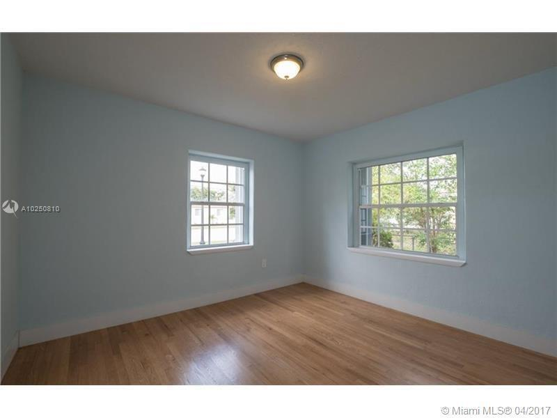 For Sale at  118 NW 103Rd St Miami Shores  FL 33150 - Gold Crest A Sub - 3 bedroom 2 bath A10250810_14