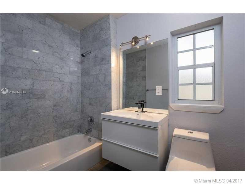 For Sale at  118 NW 103Rd St Miami Shores  FL 33150 - Gold Crest A Sub - 3 bedroom 2 bath A10250810_15