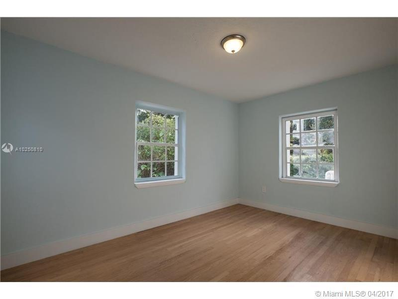 For Sale at  118 NW 103Rd St Miami Shores  FL 33150 - Gold Crest A Sub - 3 bedroom 2 bath A10250810_16