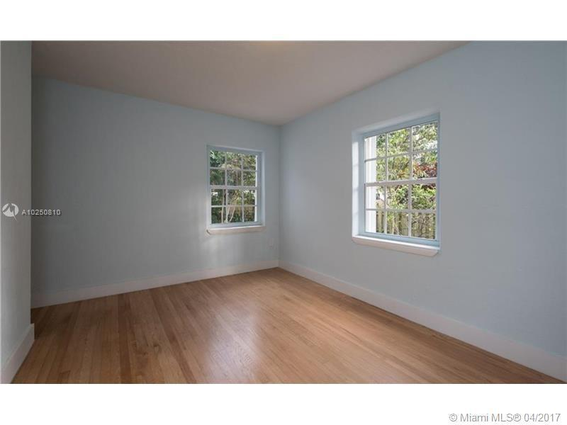 For Sale at  118 NW 103Rd St Miami Shores  FL 33150 - Gold Crest A Sub - 3 bedroom 2 bath A10250810_17