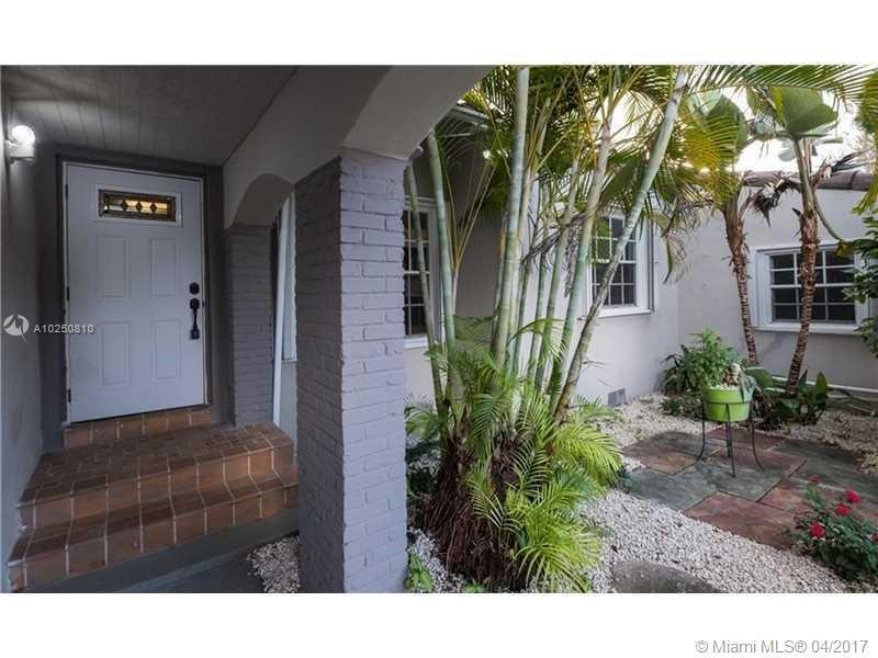 For Sale at  118 NW 103Rd St Miami Shores  FL 33150 - Gold Crest A Sub - 3 bedroom 2 bath A10250810_3