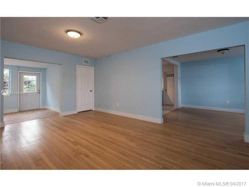 For Sale at  118 NW 103Rd St Miami Shores  FL 33150 - Gold Crest A Sub - 3 bedroom 2 bath A10250810_4