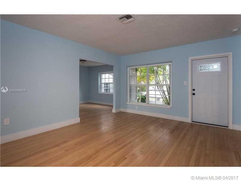 For Sale at  118 NW 103Rd St Miami Shores  FL 33150 - Gold Crest A Sub - 3 bedroom 2 bath A10250810_6