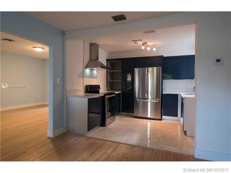 For Sale at  118 NW 103Rd St Miami Shores  FL 33150 - Gold Crest A Sub - 3 bedroom 2 bath A10250810_9