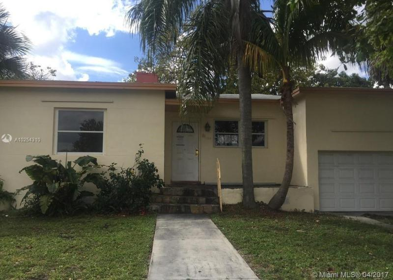 For Sale at  1150 NE 165Th St North Miami Beach  FL 33162 - Monticello Park Unit 01 - 2 bedroom 2 bath A10254310_2
