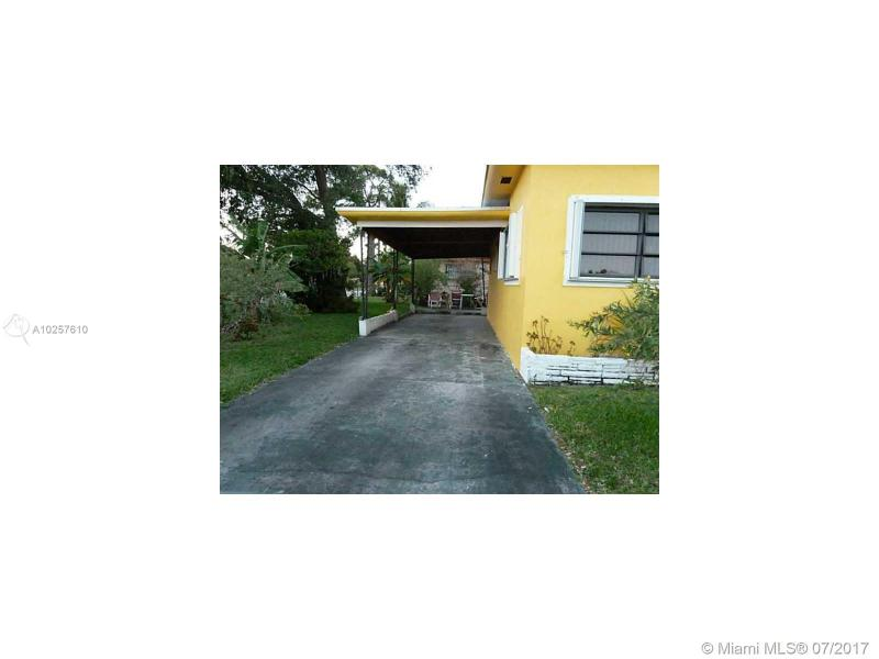 For Sale at  1201 NE 157Th St North Miami Beach  FL 33162 - Fulford By The Sea Sec J - 3 bedroom 2 bath A10257610_4