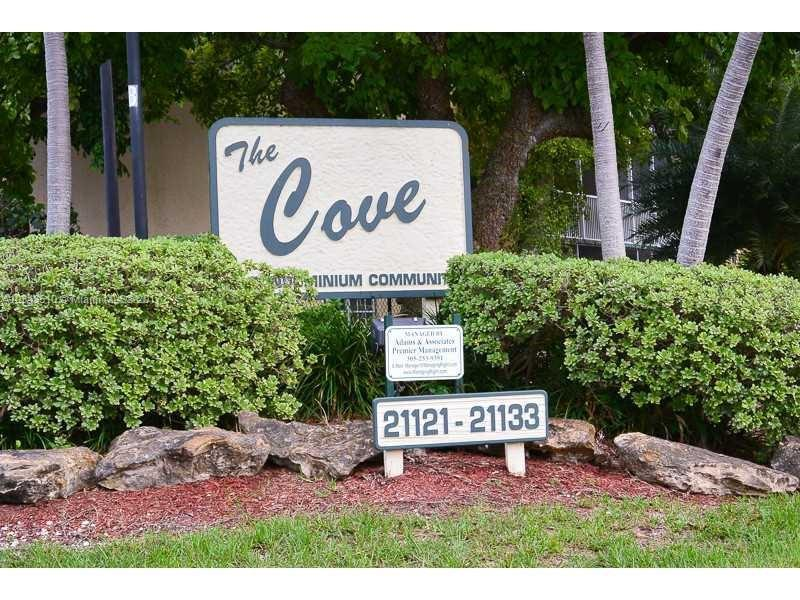 19700 SW 103rd Ct  Unit 101, Cutler Bay, FL 33157-8567