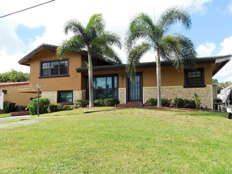 2413  Flamingo Ln , Fort Lauderdale, FL 33312-4755