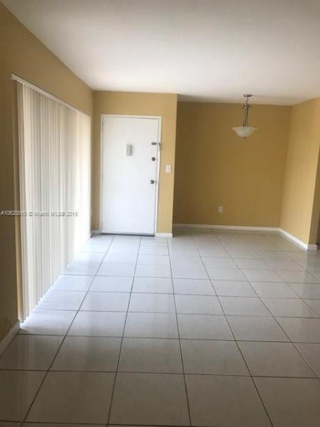 5112 NW 79th Ave  Unit 101, Doral, FL 33166-4721