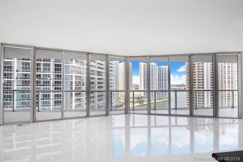 495  Brickell Ave,  Miami, FL