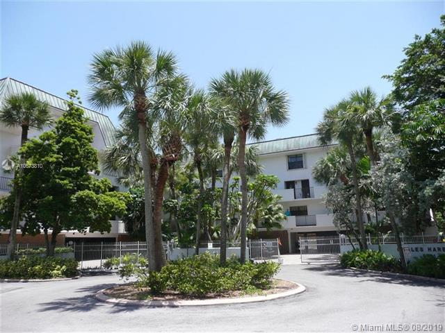 6901 Edgewater Dr 314, Coral Gables, FL, 33133