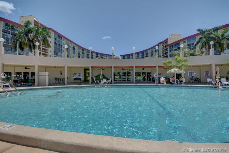 2731 NE 14 Street 501A, Pompano Beach, FL, 33062