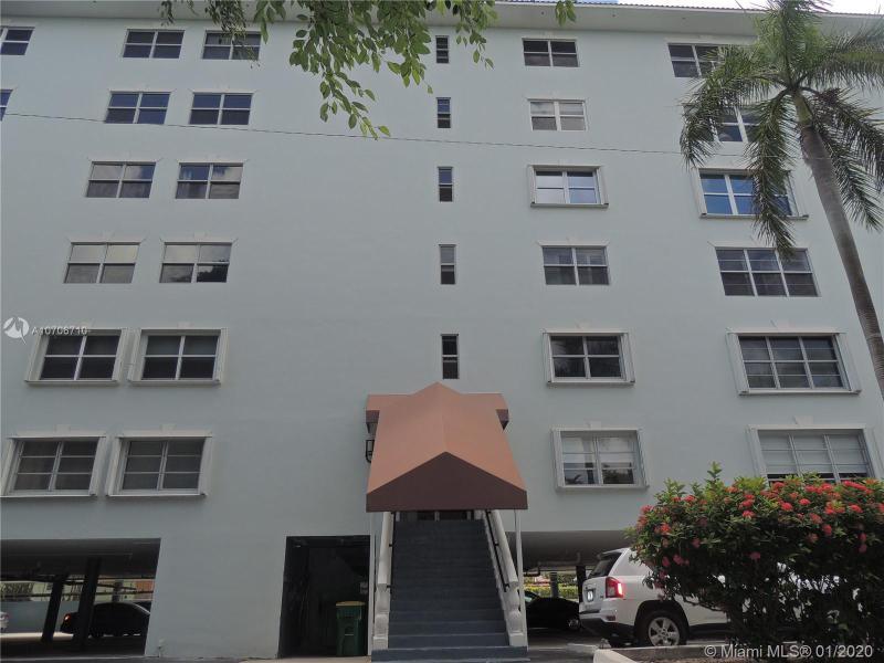 1881 Middle River Dr 504, Fort Lauderdale, FL, 33305