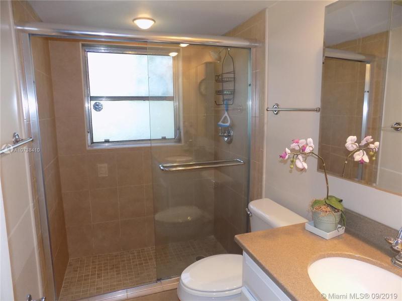 4000 Cypress Grove Way 101, Pompano Beach, FL, 33069