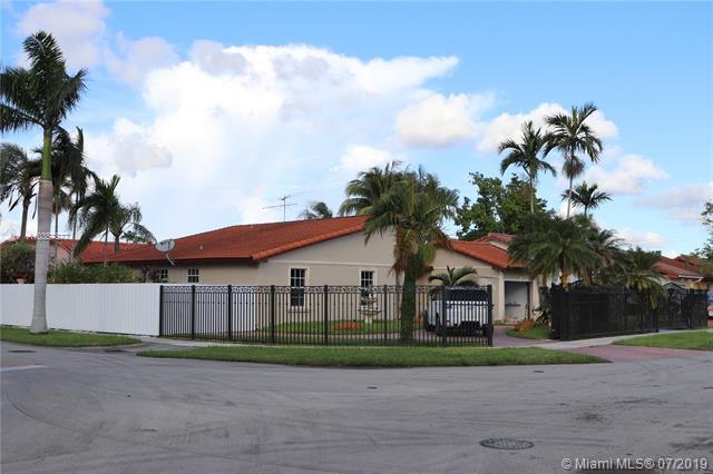 10741 SW 30th St,  Miami, FL