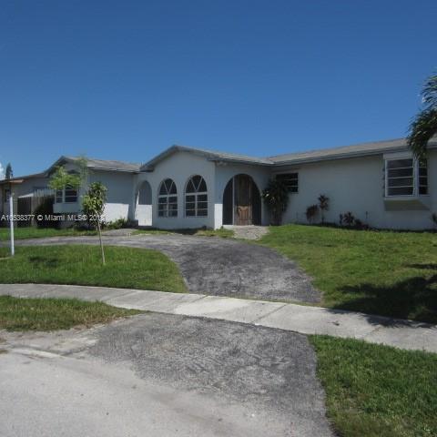 19521 Sterling Dr, Cutler Bay FL 33157-8554
