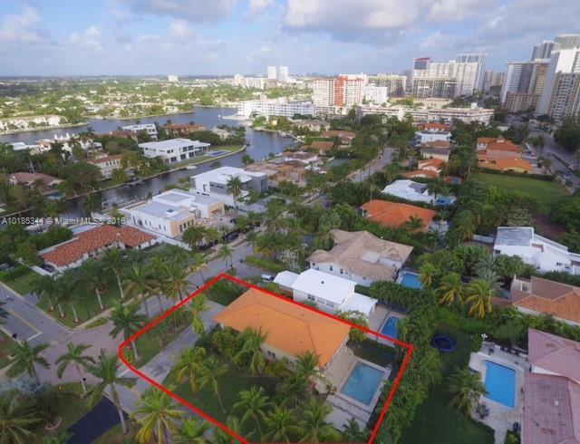 For Sale at  601   Golden Beach Dr Golden Beach  FL 33160 - Golden Beach Sec F - 5 bedroom 4 bath A10185344_12