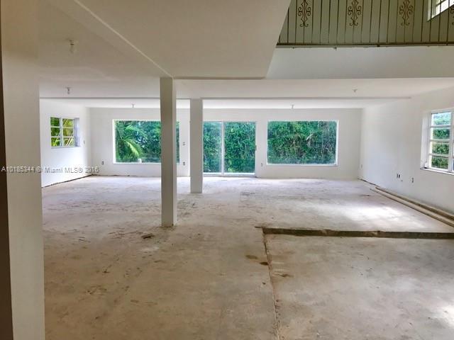 For Sale at  601   Golden Beach Dr Golden Beach  FL 33160 - Golden Beach Sec F - 5 bedroom 4 bath A10185344_5