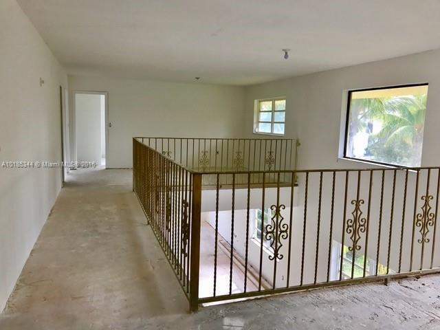 For Sale at  601   Golden Beach Dr Golden Beach  FL 33160 - Golden Beach Sec F - 5 bedroom 4 bath A10185344_7