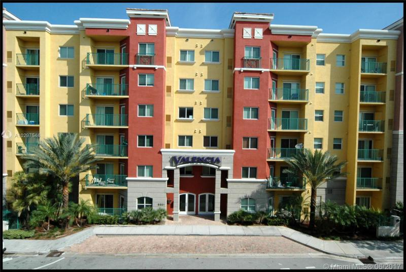 6001 70th St  Unit 346, South Miami, FL 33143