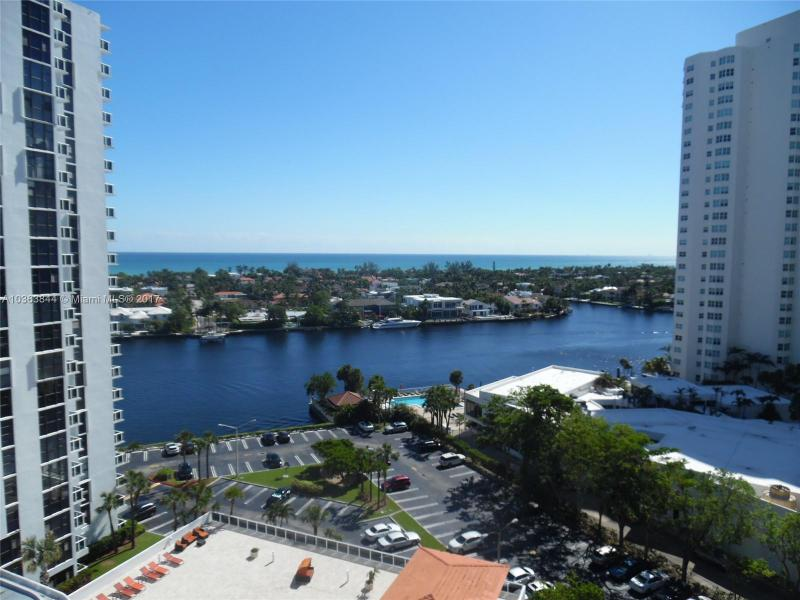 Aventura Residential Rent A10363844