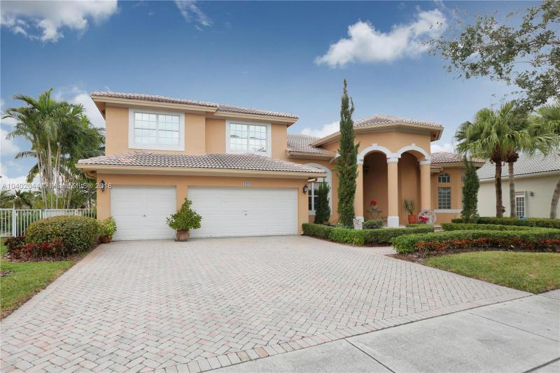 1900 Nw 168th Ave