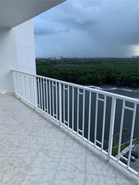500 Bayview Dr 1521, Sunny Isles Beach, FL, 33160