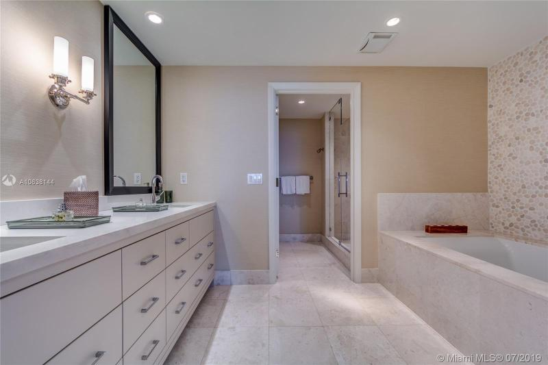 17121 Collins Ave 3001, Sunny Isles Beach, FL, 33160