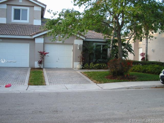 15870 SW 12th St, Pembroke Pines, FL, 33027