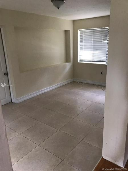 50 Hough Dr, Miami Springs, FL, 33166