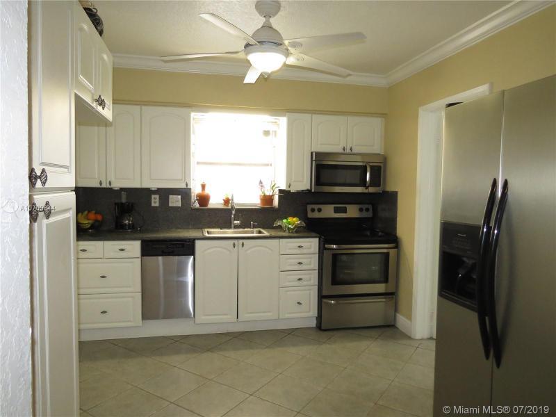 3820 NE 14th Ave, Pompano Beach, FL, 33064
