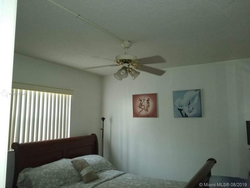 1460 W 43rd Pl 107, Hialeah, FL, 33012